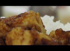 Кусочки куриного филе в пряном соусе — Кулинарные видео рецепты