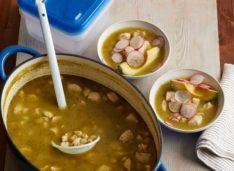 Суп посоле с курицей и перцем чили впрок